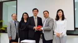 Visitors from Tunghai University